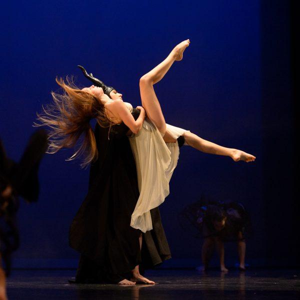 photo-danseuse-robe-theatre-nimes-christelle-labrande